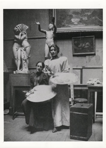 Ann MacBeth and fellow student, Drawing and Painting class, c1912