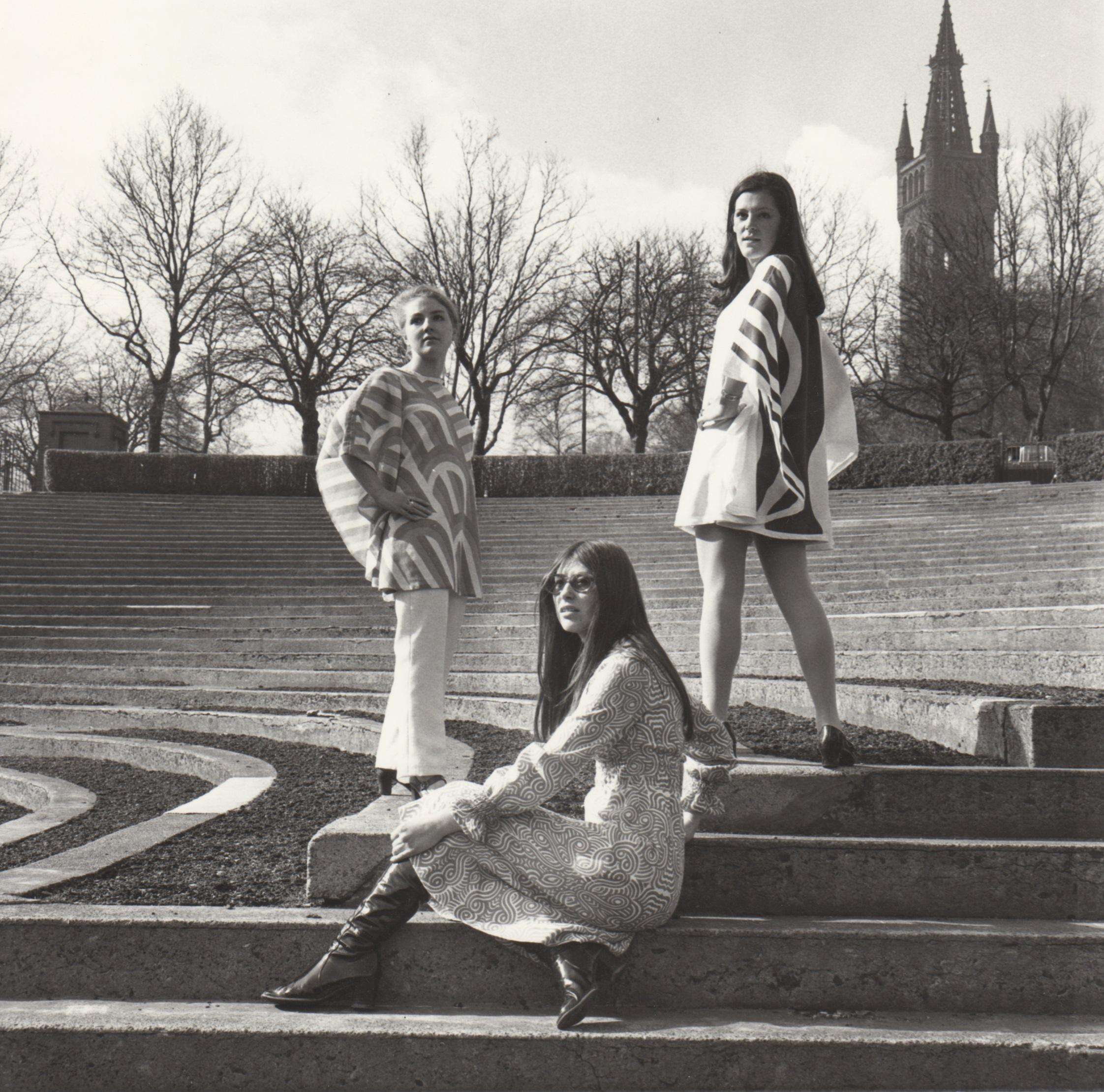 GSAA/P/1/2414 GSA students modelling fashion designs in Kelvingrove Park, 1960s