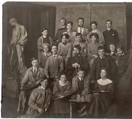 Drawing and Painting Class, Paul Artot (Centre) 1908-09 (Archive reference: GSAA/P/1/4)